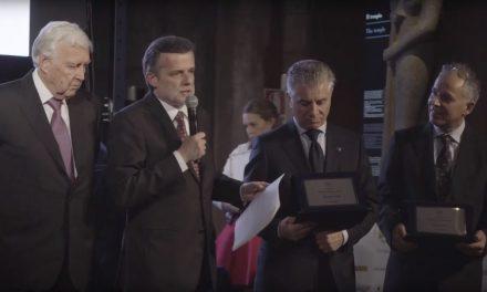 Consegna del Premio H d'oro per la sicurezza.