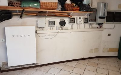 Prime installazioni del sistema d'accumulo Tesla Powerwall